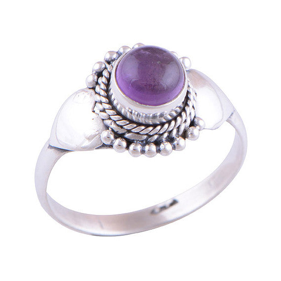 SAFFRON. Amethyst Ring (.925 Sterling Silver) | Elnique