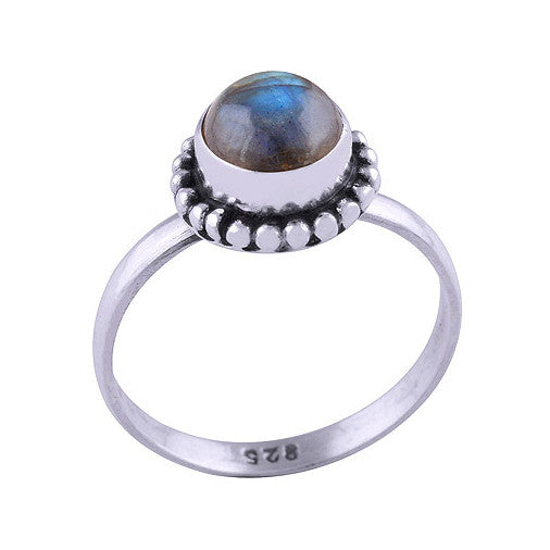 SASHA. Labradorite Circular Gemstone Ring (.925 Sterling Silver) | Elnique