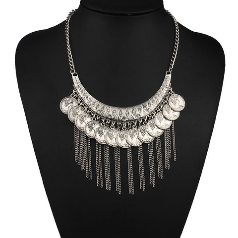 KESHIA. Silver Statement Coin Necklace | Elnique