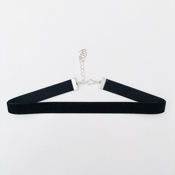PHOEBE. Basic Black Velvet Choker | Elnique