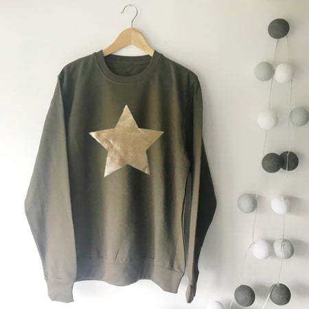 Metallic Star Boyfriend Fit Slouchy Olive / Pale Gold