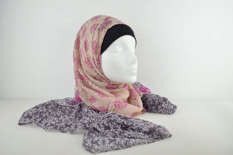 Printed Border Flower Hijab