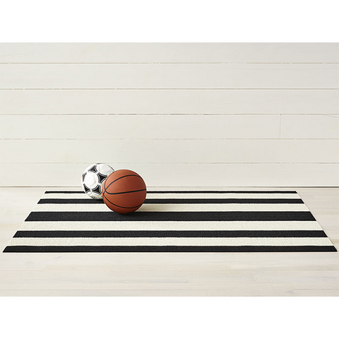 Chilewich Shag Big Mat - Bold Stripe - Black/White