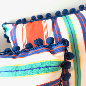 Dutch Heritage pillow 'Rode rok'