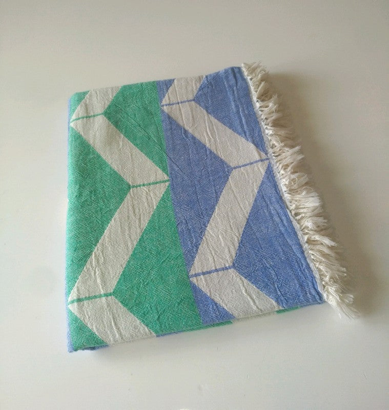 Handwoven tablecloth/blanket from Turkey *wave
