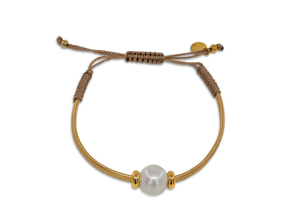 Pearl & Gold Leather Bracelet