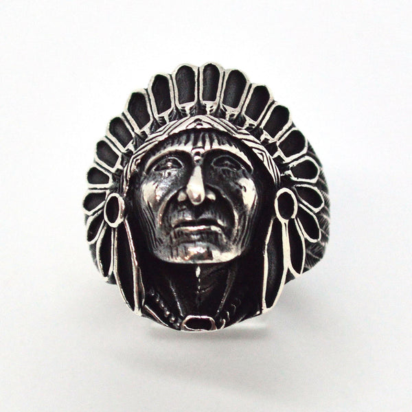 (2-5279-h9-2) Sterling Silver Men's Indian Head Ring with Black Accent.