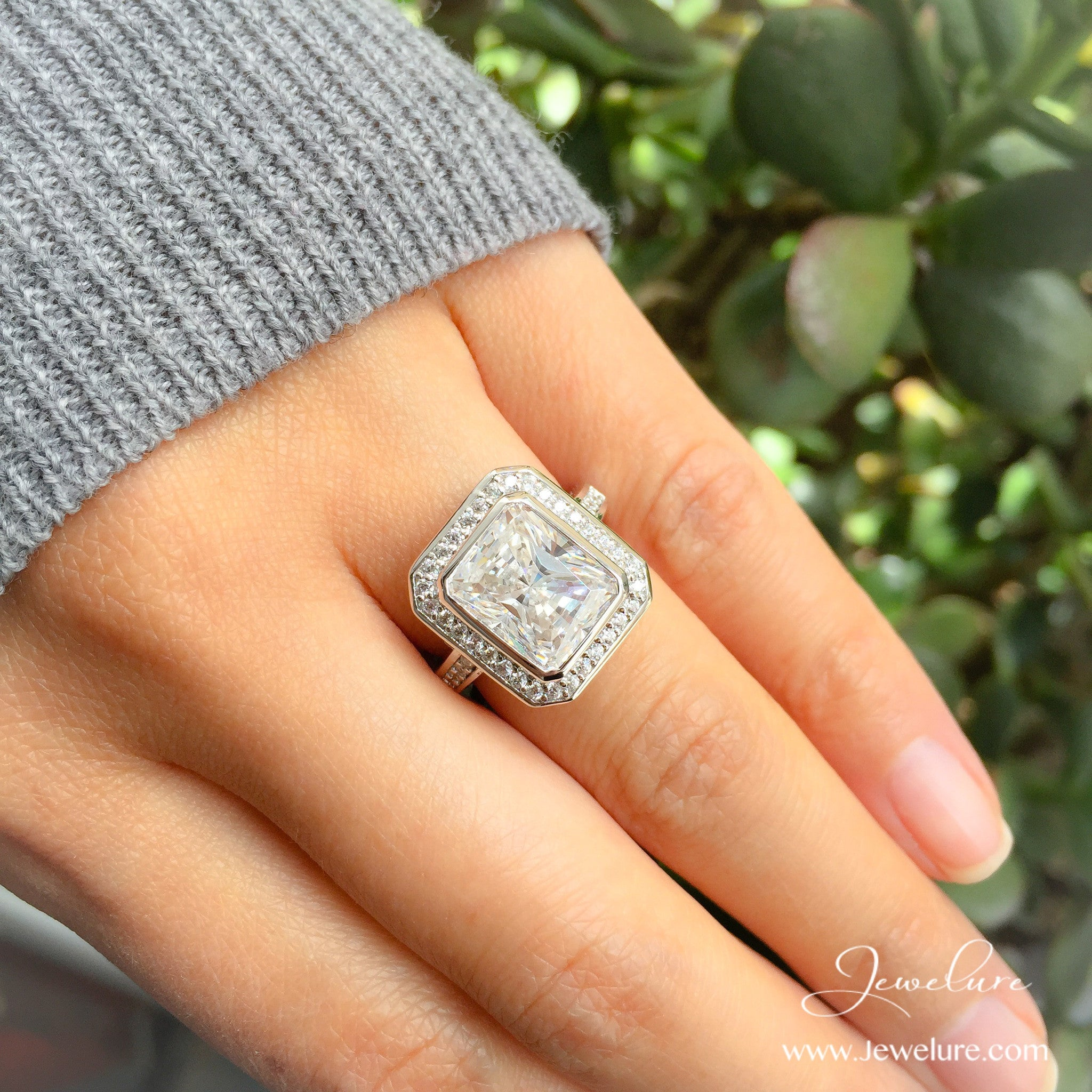 jewelry engagement is trends cushion ring cut blog rings what ritani a diamond rectangular