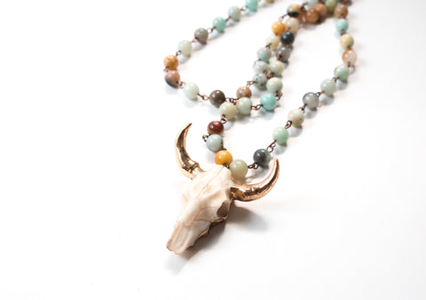 The Ava Natural Stone Pendant Necklace