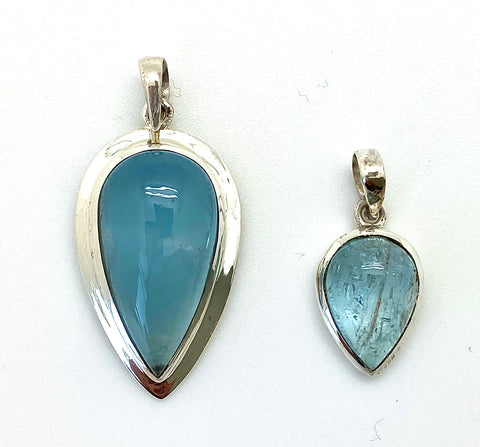 Aquamarine Cabochon Teardrop, Small