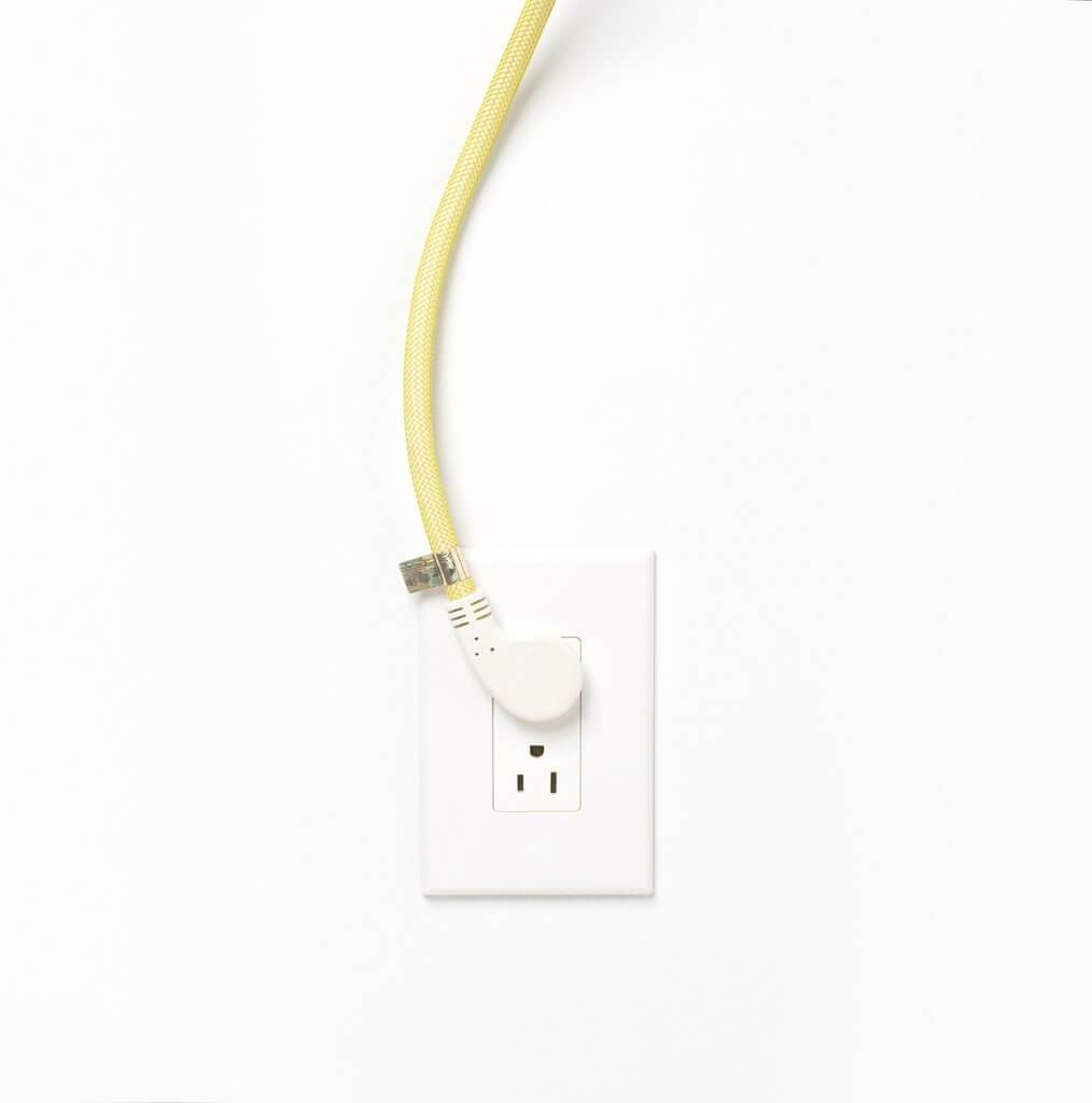 Niko Flat Plug Power Strip