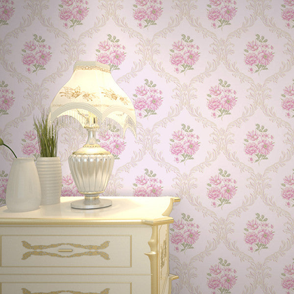 Romantic Victorian Damask Bedroom Wallpaper WP144