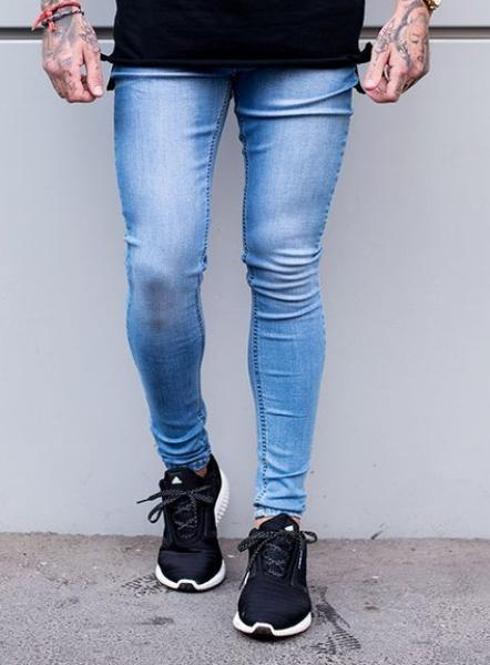 SUPER SPRAY ON JEANS - LIGHT WASH
