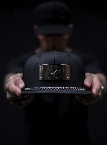 OG BLACK LEATHER CHAIN LOGO SNAPBACK