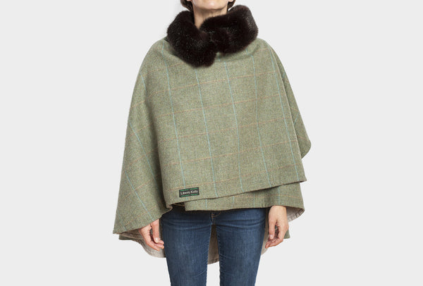 Eider Green Reversible Wrap