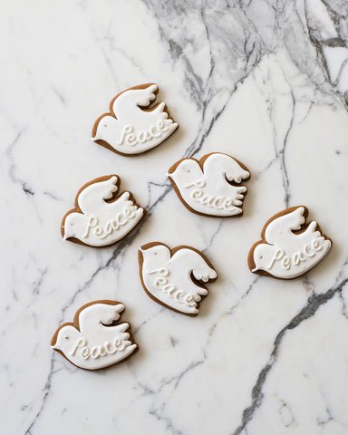 Gingerbread Doves Gift Box