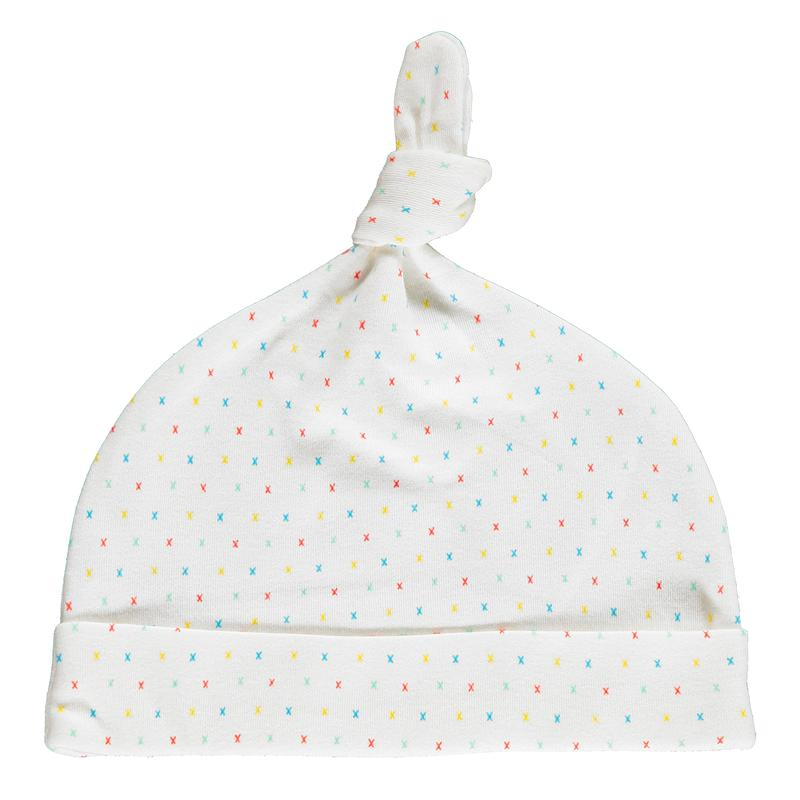 First Kisses Muslin Swaddle, knot hat & Bib in gift bag