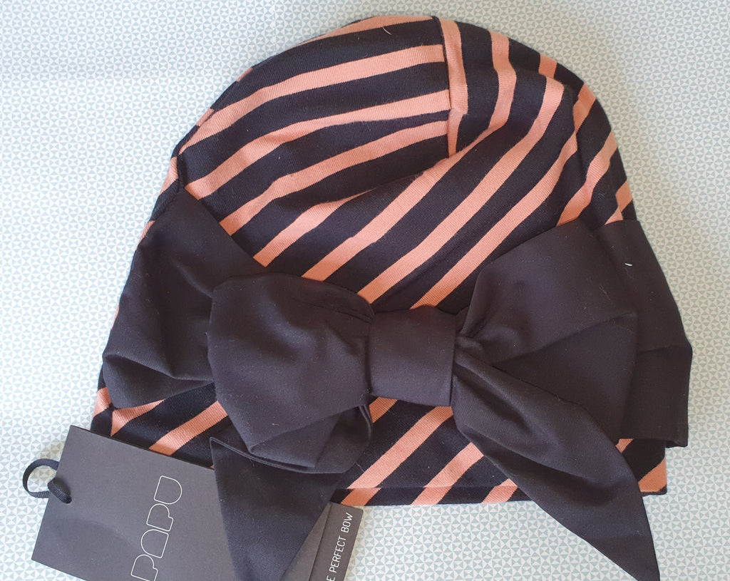 Pinja' Bow Beanie in stripe (orange and black and white)