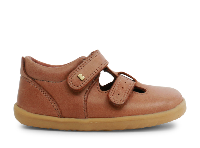 Bobux 'Jack & Jill' unisex shoe in Caramel leather