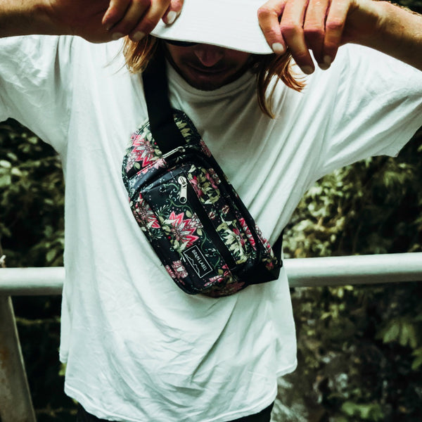 It is an image of Inventive Brkn Label Fanny Pack