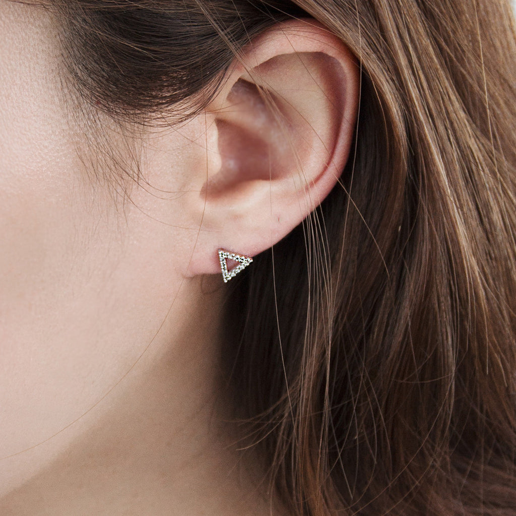 Pave Triangle Earrings - BE.ARUM  - 3