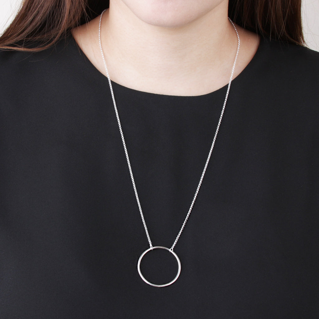 Big O Ring Long Necklace