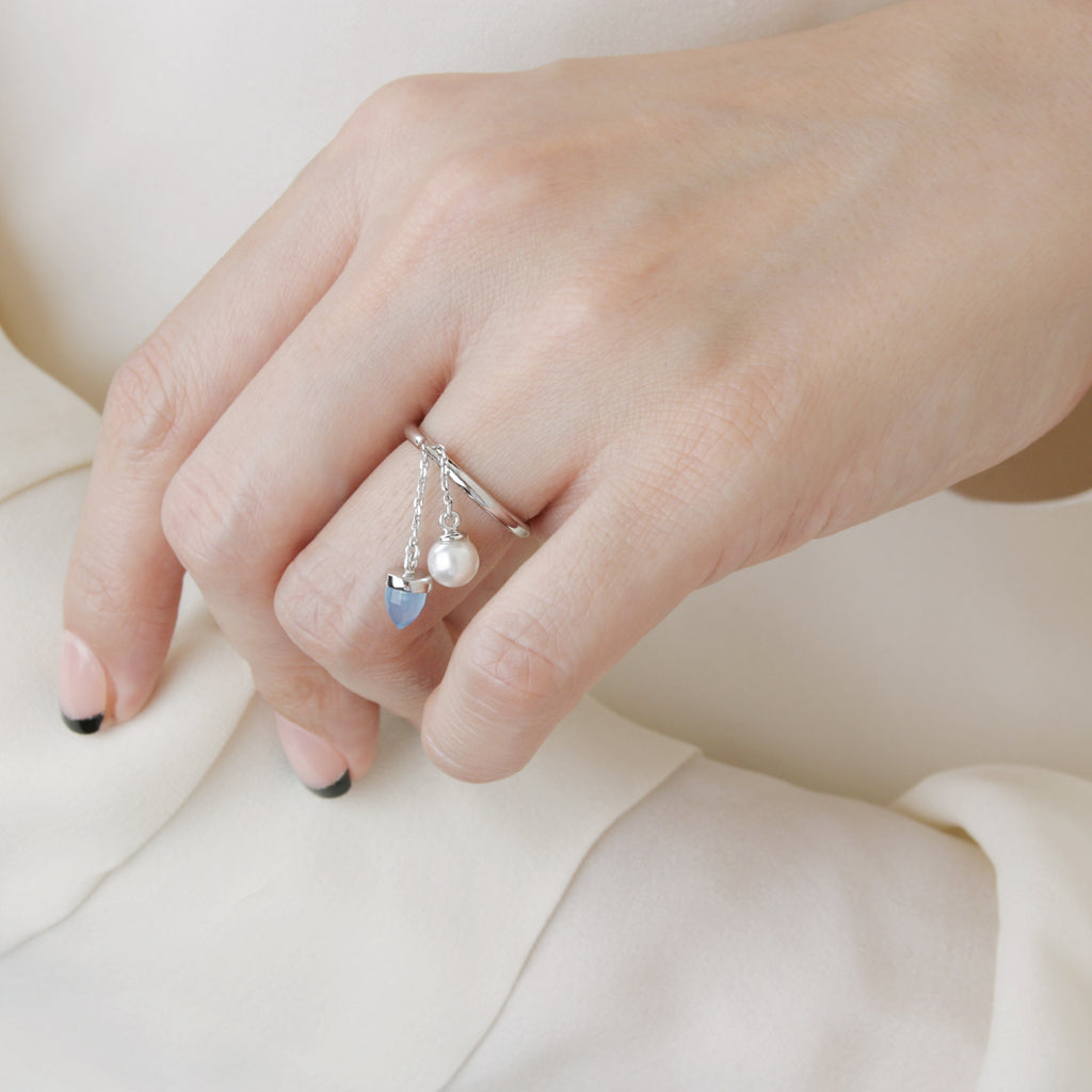 Pearl and Calcedony Spring Ring