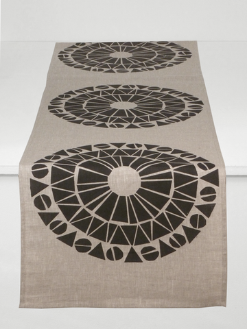 Dermond Peterson Cirkel Table Runner in Black on Natural Linen