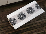 Dermond Peterson Cirkel Table Runner in Black