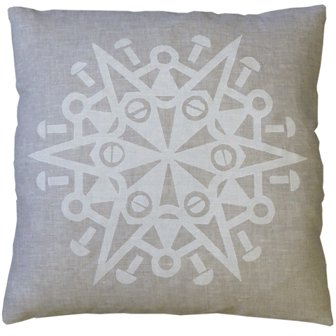 Dermond Peterson Snöflinga Pillow White on Natural