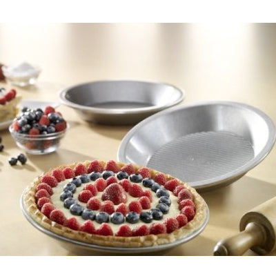 "USA Pan Aluminized Steel 9"" Pie Pan"