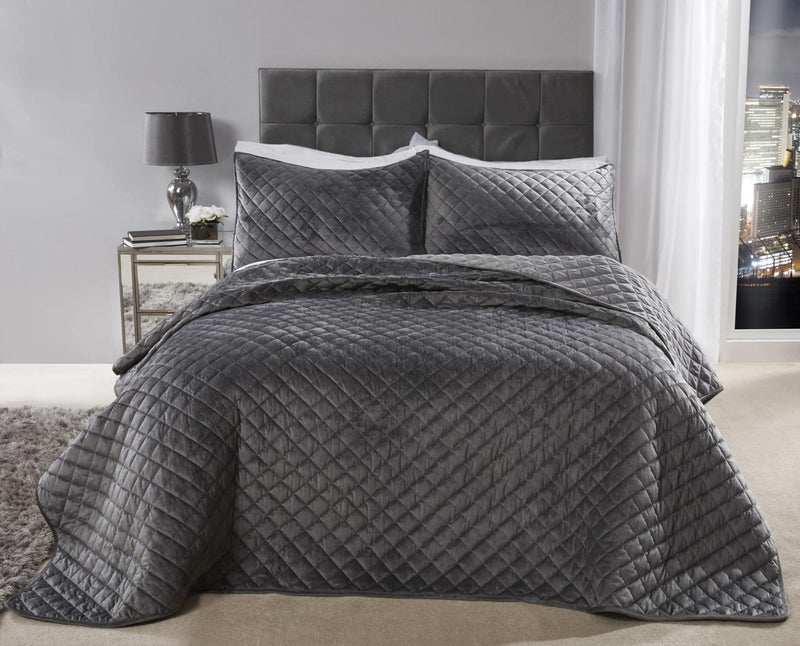 Luxury Quilted Bedspread & 2 Pillow shams in 4 colours Silver, Navy, Taupe, Ochre