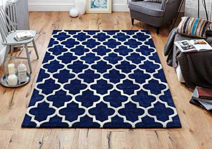 Blue wool & viscose rug trellis design