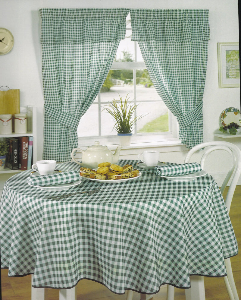Green Gingham/checked Curtains, matching table cloths Available