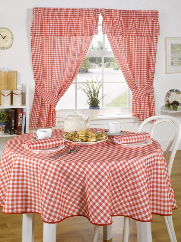 Red Gingham/checked Tablecloth