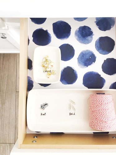 Indie Drawer Liner- white background blue polka dots