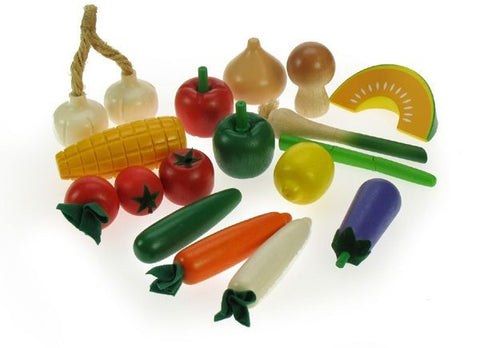 Wooden Vegetables in a Net (17 Pieces)