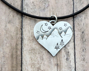 silver heart shape mountain necklace