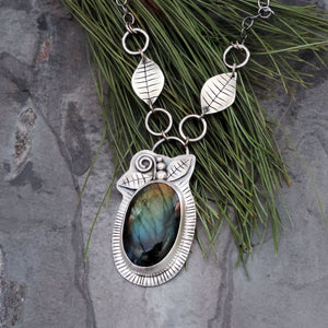 Labradorite Gemstone Necklace with Leaves