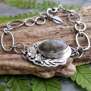 handmade flower bracelet with moss agate