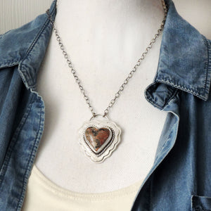 Rose of Chihuahua Ruffle Heart Necklace