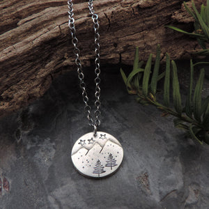 minimalist sterling silver mountain pendant necklace
