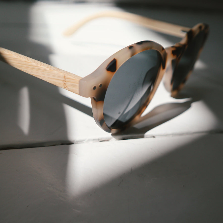 'Harriet' Blonde Tortoise Shell Bamboo Sunglasses