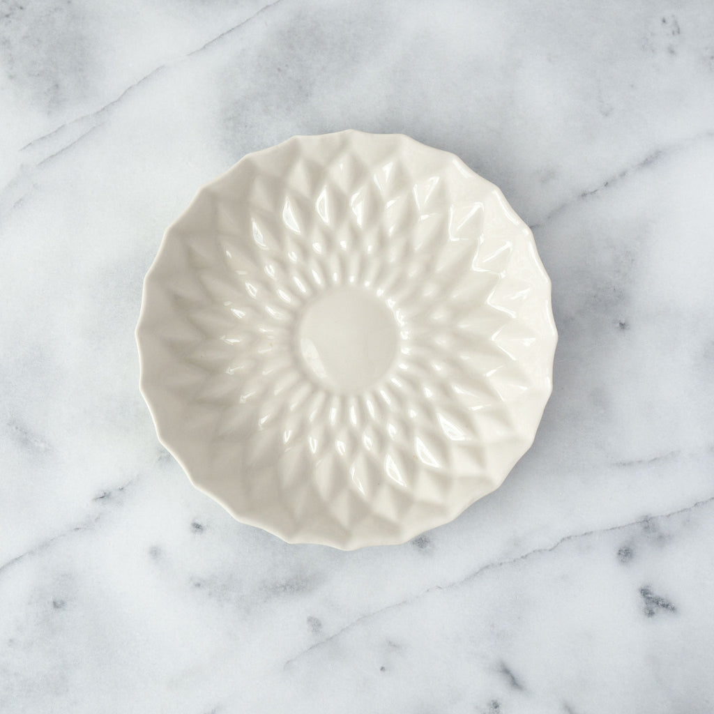 Ivory Porcelain Flower Plate - Simple Life Istanbul   - 1
