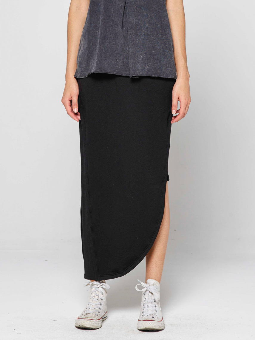 Middie Skirt / Black