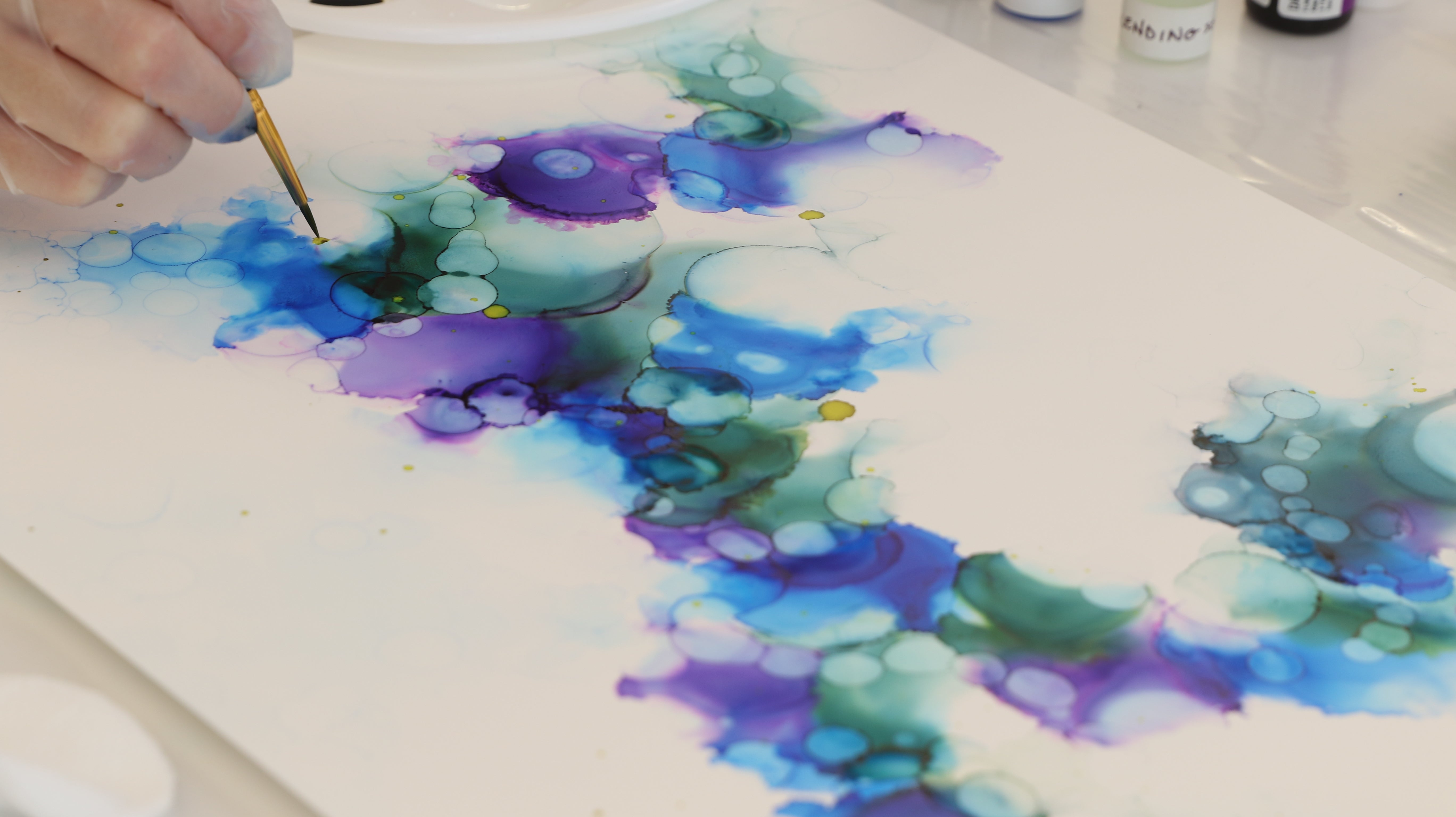add accent color to alcohol ink painting