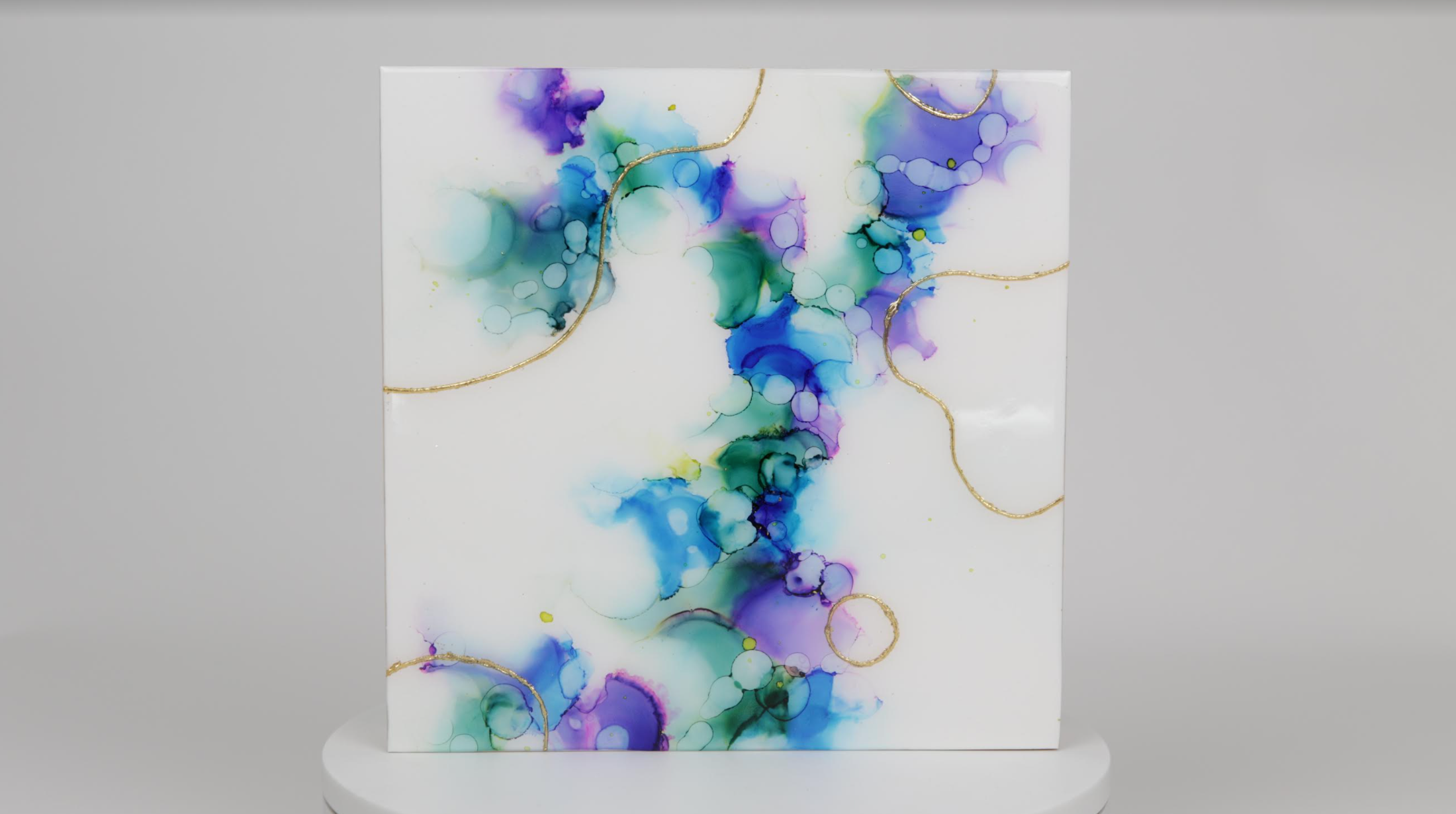 alcohol ink abstract painting on yupo paper