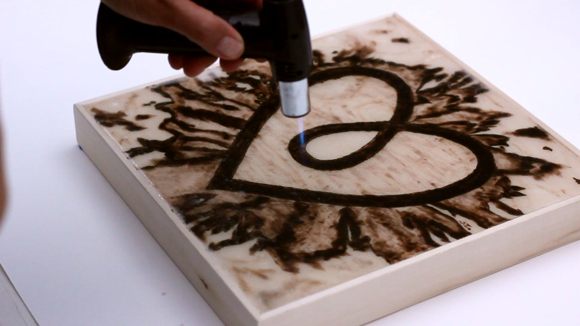 How To Resin Wood Artresin