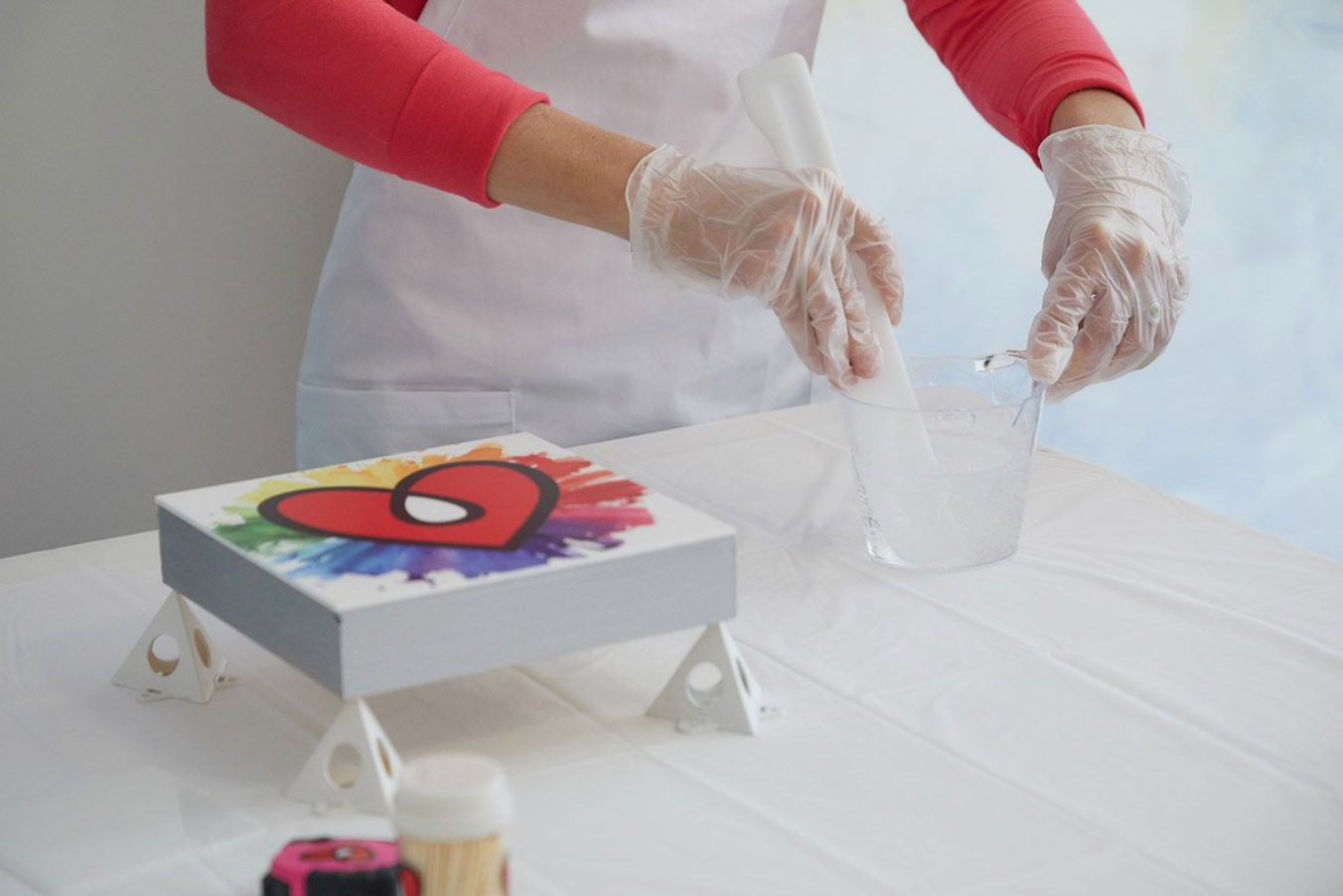 wear an apron when you resin to protect your clothes