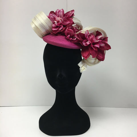 fascinator, headpiece, feathers, ladies day, ascot, hats, elegant, pink flowers, pink and white headpiece, pink fascinator